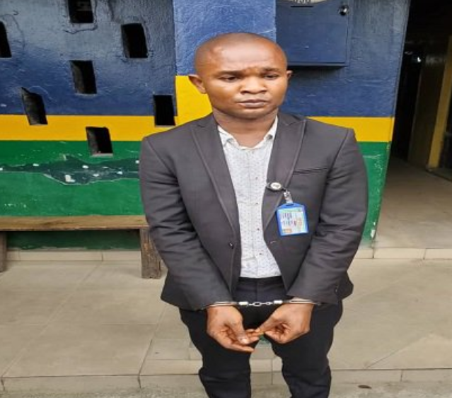 Police arrest 'fake' EFCC official in Lagos